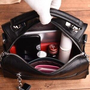 Image 5 - 2019高級ソフトレザーハンドバッグの女性のバッグデザイナーの女の子小フラップバッグレトロクロスボディ女性のための多機能バッグ嚢