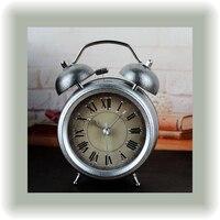 1 st Metallic Ingots Zilveren Vintage Wekker Bureau Tafel Klok met Stille Klok Beweging Woondecoratie Home Horloge