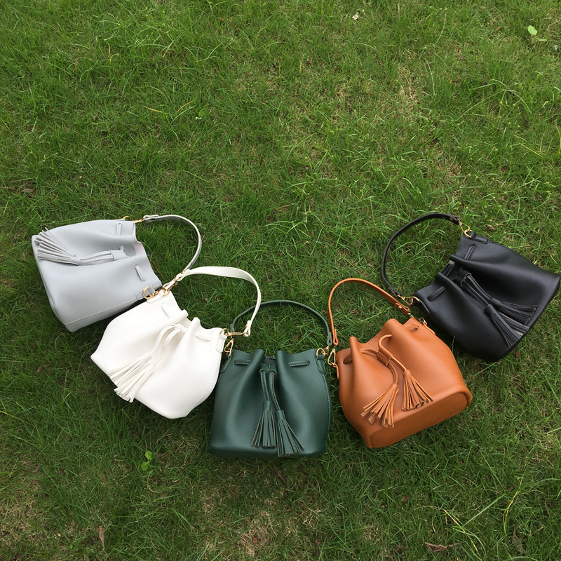 Wholesale Blanks PU Faux Leather Bucket Tote Drawstring Tassel Shoulder Bag DOM103556 wholesale blanks pu faux leather handbags casual tote bag large capacity square satchels bag dom1038113