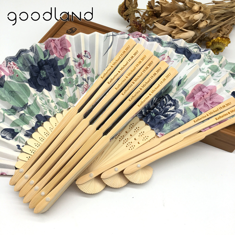 Gratis frakt 30pcs / lot Hot Sale Gravering Personlig Wedding Souvenir Beauty Fabric High Quality Hand Fans