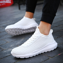 купить MIUBU New Breathable Light Shoes Men Casual Weaving Design Solid Shoes chaussure homme male Fashion Sneakers по цене 553.62 рублей
