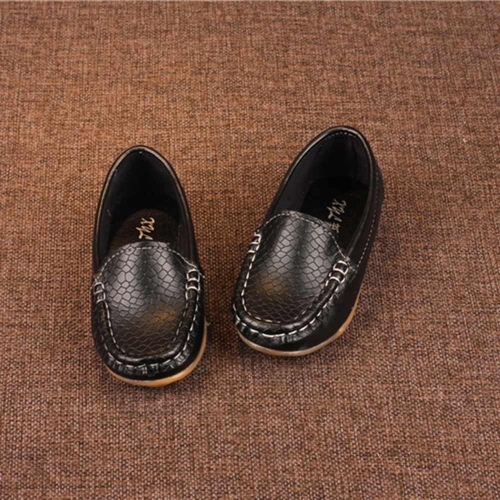 Yeni çocuk ayakkabıları erkek kız rahat ayakkabı çocuklar deri sneakers erkek kız bot ayakkabı üzerinde kayma yumuşak rahat Flats ayakkabı sandalet
