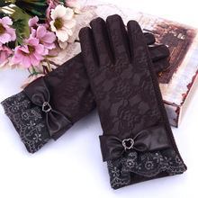 Women's Lace Gloves Touch Screen Fashion Warm Leather Winter Thicken Ladies Glove Elegant Winter PU Leather Gloves for Women