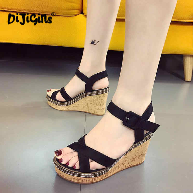 2019 summer new wedge sandals, fish mouth high heel platform, muffin platform women's sandals, with a buckle