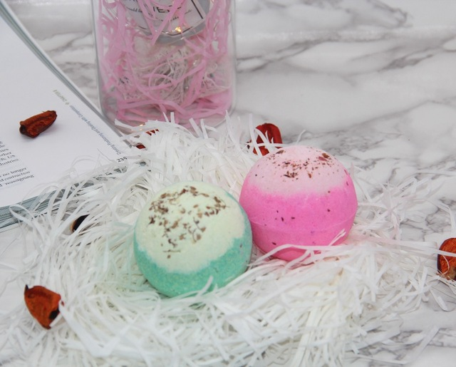 2X120g Organic Bath Bombs Dried Flower Petals Round Sea Salt Moisturizing Lavender Rose Handmade SPA Christmas Gifts Bath Salts