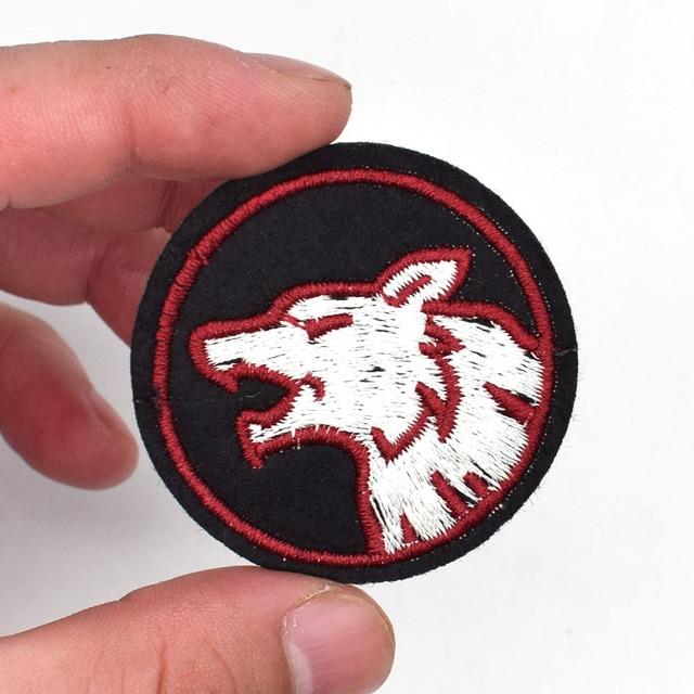 2pcs Wolf Fox Head Patch Iron On Parches Appliques Hat Cap Polo
