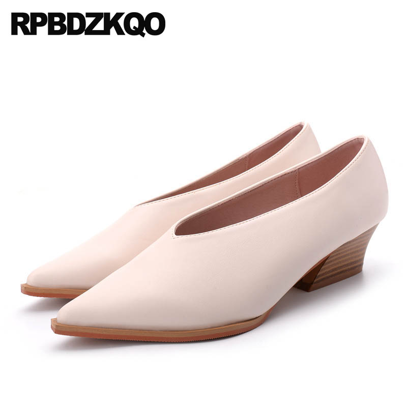Beige 2018 Catwalk Leather Pumps Low Heels Black Italian Size 33 Plus 4 34 Pointed Toe Block Women Shoes Medium Winkle Picker цена 2017