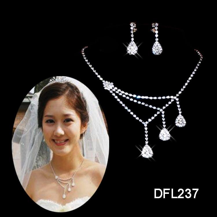 New Arrival White water drop Neckaces earrings sets Asymmetric women Crystal necklaces sets Wedding Bride A069 ABC