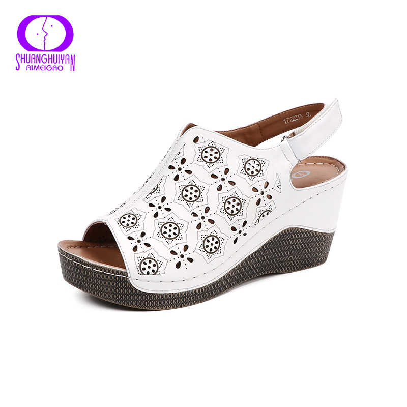 Женские сандалии на танкетке AIMEIGAO, летние белые босоножки на платформе, с открытым носком, туфли на каблуке, с ремешком на пятке