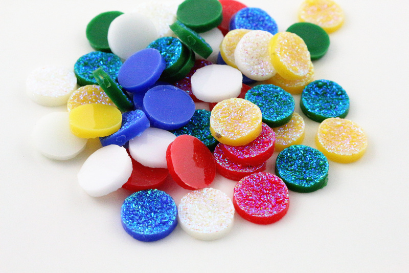 New Fashion 50pcs 12mm Mix Colors Ore Style Flat Back Resin Cabochons Cameo Cabochons Jewelry Accessories