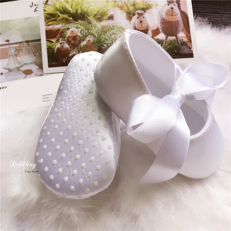 Luxury White satin baby show Baptism flower Girl Shoes Infant First walkers  Etsy supplier Handmade Vintage Lace Shoes-in First Walkers from Mother    Kids on ... e313243e8408