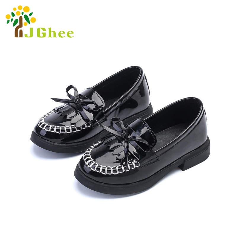 J Ghee 2017 PU Patent Leather Kids Shoes For Girls Children s Casual  Sneakers Slip-on Loafers Bow-tie Tassels British Style 7c026c3d6df8