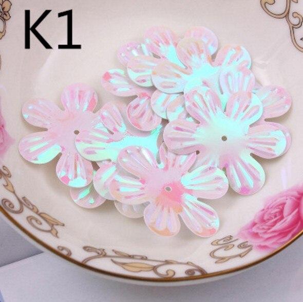 100Pcs/Lot 30mm White AB Brilliant colorful paillette flowers Center Holes PVC DIY Sewing Materials Sequins