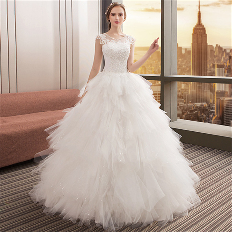 Hot Sale Dubai Crystal Flowers Ball Gown Wedding Dresses 2018 New Long Sleeve Muslim Lace Appliques Wedding Gowns Bridal Dress