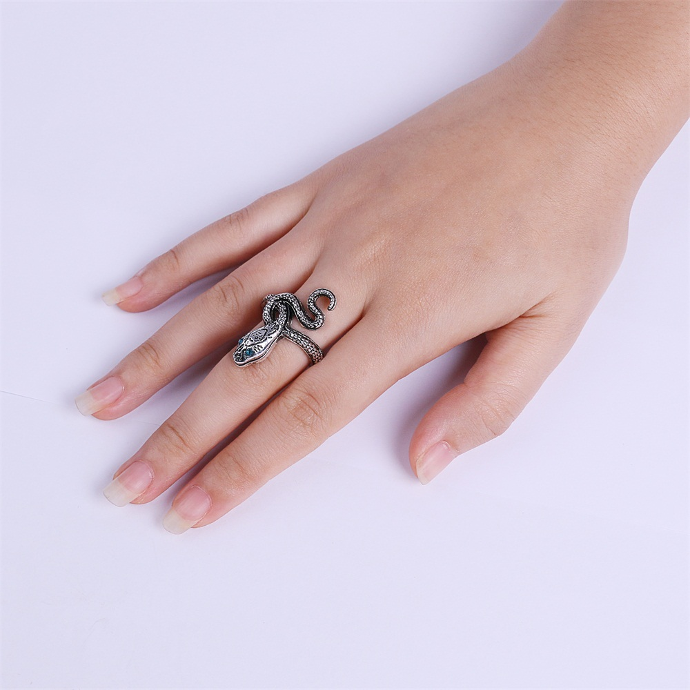 Ring Dark Souls 3 Covetous Silver Serpent Metal Rings Cosplay Ring Accessories Woman Man Ring High Quality (8)