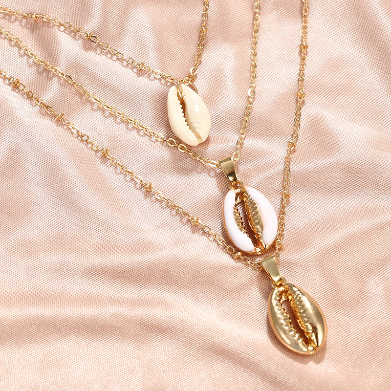 Three-Layers-of-Shell-Pendant-Necklace-Natural-Shell-Gold-Cowrie-Women-Best-Friend-Cowry-Seashell-Necklace (2)