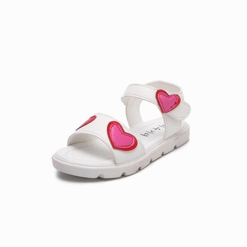 Girls Summer Sandals Childrens Princess Soft Bottom Shoes Kids Beach Lovely Heart-shaped Students Sandals Girls Flats Footwear