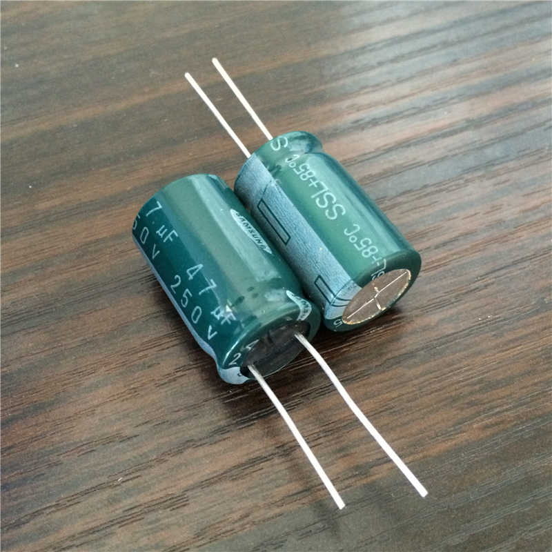 SAMSUNG 68UF 50V Electrolytic Radial Capacitor New Lot Quantity-25