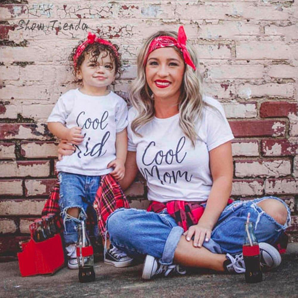 Famille correspondant tenues père mère fille fils vêtements Look t-shirt papa maman et moi robe maman bébé enfants vêtements