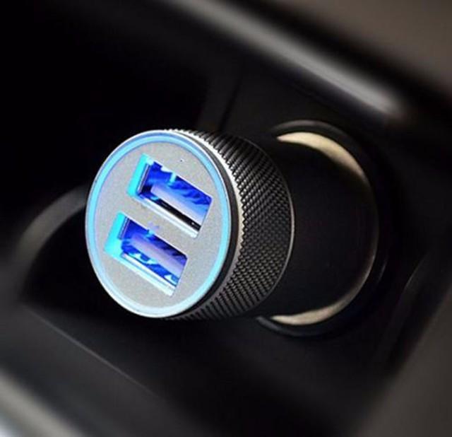 Mini Puerto doble USB doble 12 V Universal en el enchufe del adaptador del cargador del encendedor del coche enchufe de carga rápida del encendedor del coche adaptador de cargador