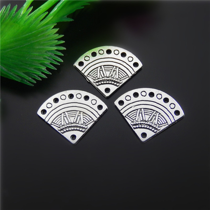 20pcs Antique Silver Creative Fan Shape Jewelry Pendants Charms Finding Jewelry Making Key Chain Accessary 18*14*1m
