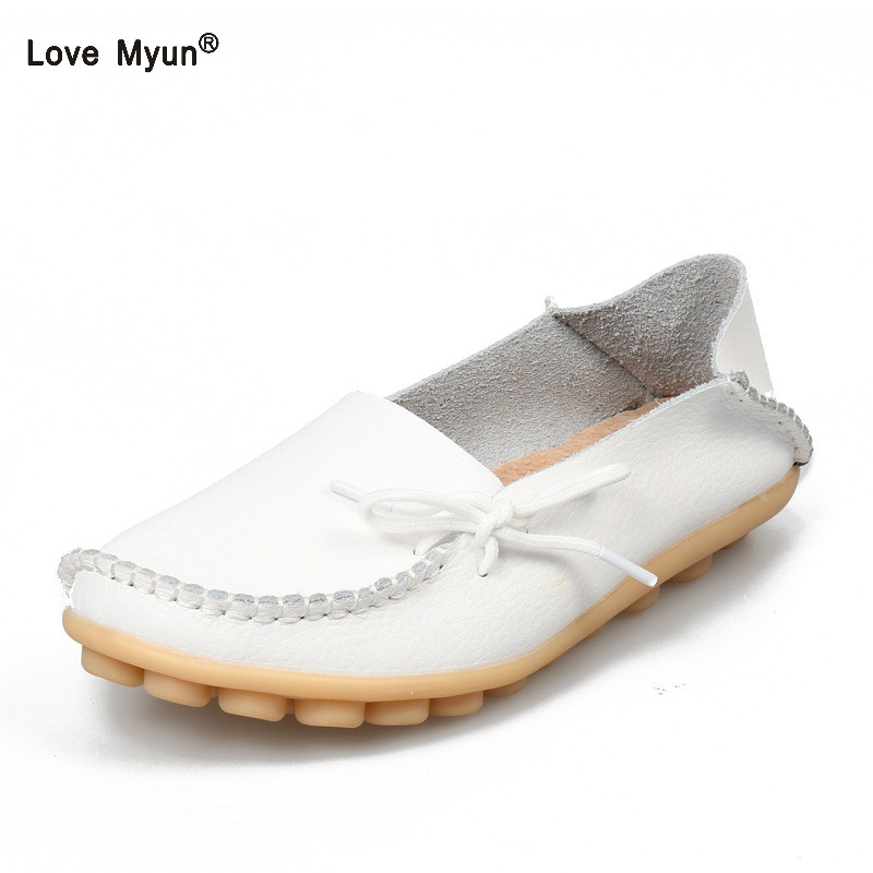 цена на Soft Leisure Flats Women Leather Shoes Moccasins Mother Loafers Casual Female Driving Ballet Footwear Flats Women Leather Shoes