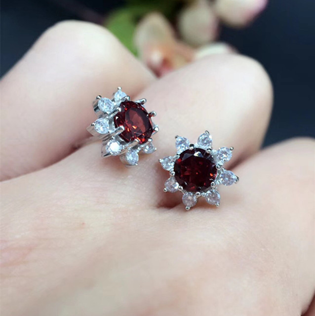 Free shipping Perfect Jewelry natural and real garnet 5mm*5mm 925 sterling silver