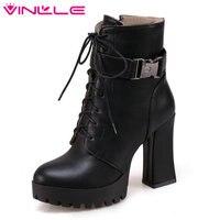 VINLLE 2018 קרסול נעלי מגפי נשים גבוה הכיכר סקסית גבירותיי תחרה עד שחור עור PU העקב נעלי אופנוע גודל 34-43
