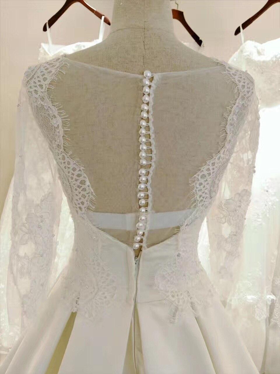 2017 New Wedding Dress Beading Pearls Button Beautiful Lace Chic ...