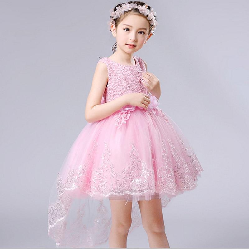 Contemporáneo Vestido Del Desgaste Del Partido Muchachos Friso ...
