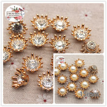 50pcs 15mm golden/silver rhinestone/pearl flower plastic flatback button decoration craft scrapbook accessories(China)