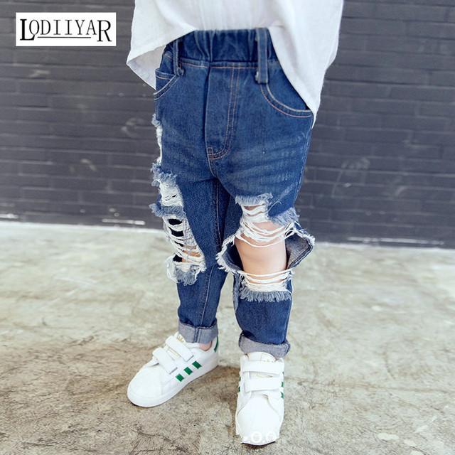 Niños Pantalones de Los Muchachos, 2017 Nuevo Coreano Pantalones Vaqueros Del Agujero Roto, Casual Pantalones niños Bebés Pantalones Vaqueros Del Agujero Roto, invierno Otoño Pantalones de Los Muchachos