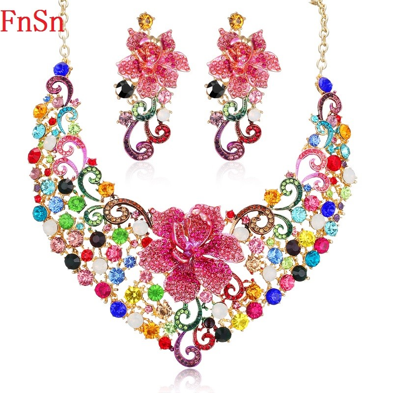 Fnsn جديد الأزياء والمجوهرات مجموعات ملون كريستال القلائد أقراط مجموعة الوردي زهرة حفل زفاف قلادة القرط هدية النساء s133