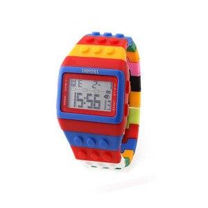 Image 1 - Reloj clásico Unisex de arcoíris, raya colorida, luz LED Digital barata, envío rápido, 2018 Shhors