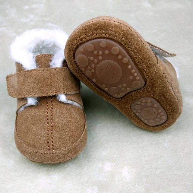 0 3 months winter with fur Hard sole Genuine Leather baby shoes Toddler baby moccasins First walker Boots Boys shoes 2017 New