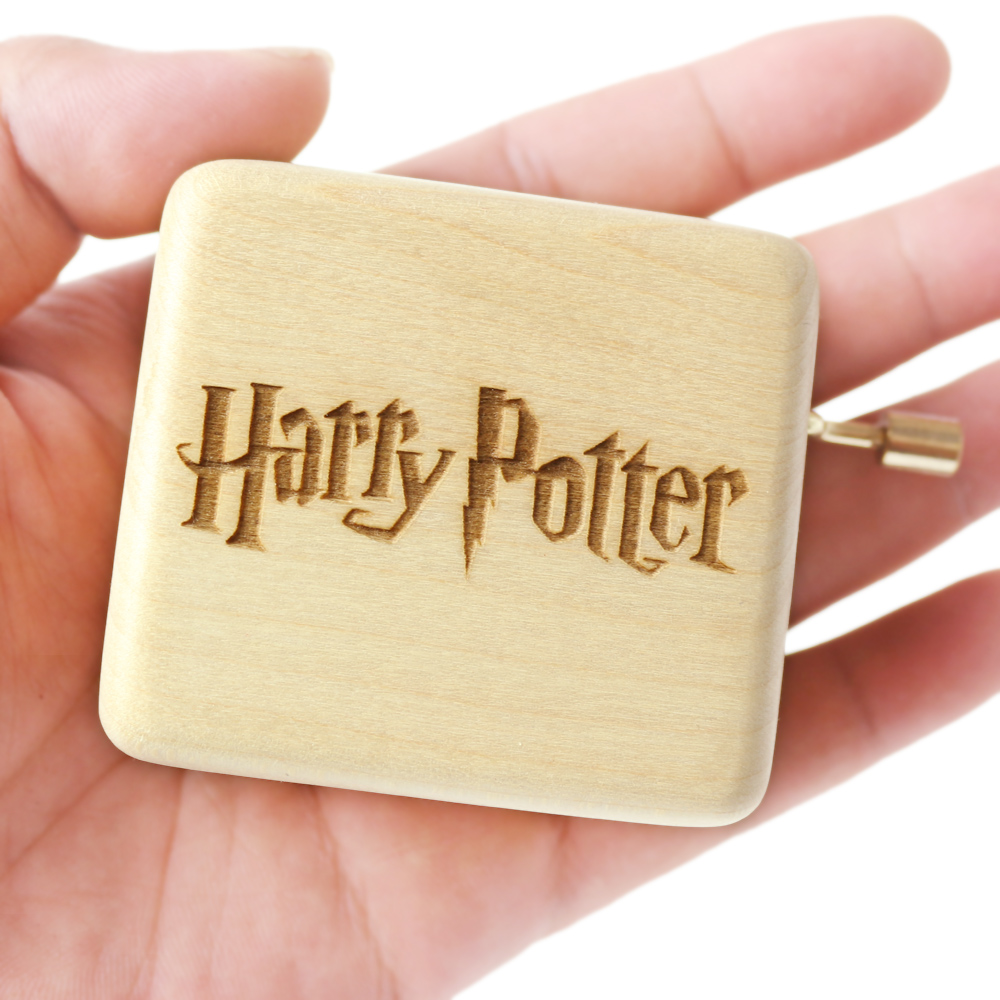 Carved wooden hand crank action Harry Potter Music Box Birthday Gift Party Supply free gifts bracelet special souvenir gift