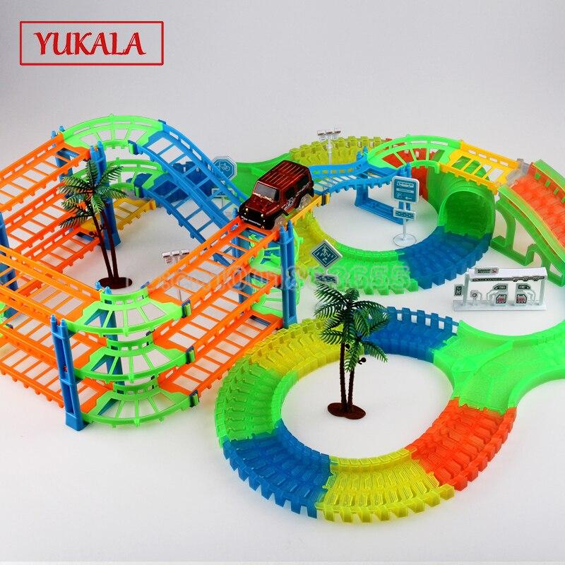 Piste lumière led voitures jouets ferroviaire mise à niveau ensemble DIY Lumineux flexion flexible puzzle interactif pour Apprendre Grand Taille Lumineux cadeau pour enfants