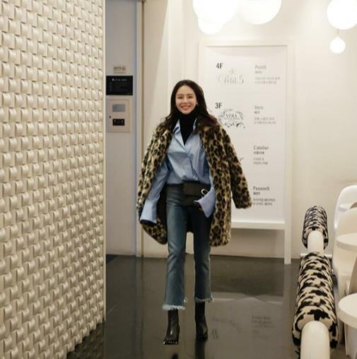 Veste Fausse Artificielle Z296 La Faux Femmes Manteau Taille Plus Léopard Hiver Outwear 2018 Fourrure Femme De qanwpOgx