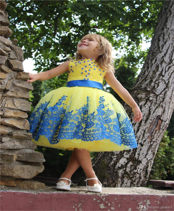 Beautiful Yellow Flower Girl Dress with Blue Appliques Belt New Coming Sweet Little Girls Pageant Gowns Any Size and Any Color