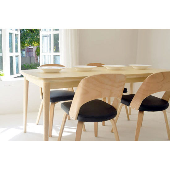 Massief houten eettafel perfect rustiek massief houten for Danish design meubels