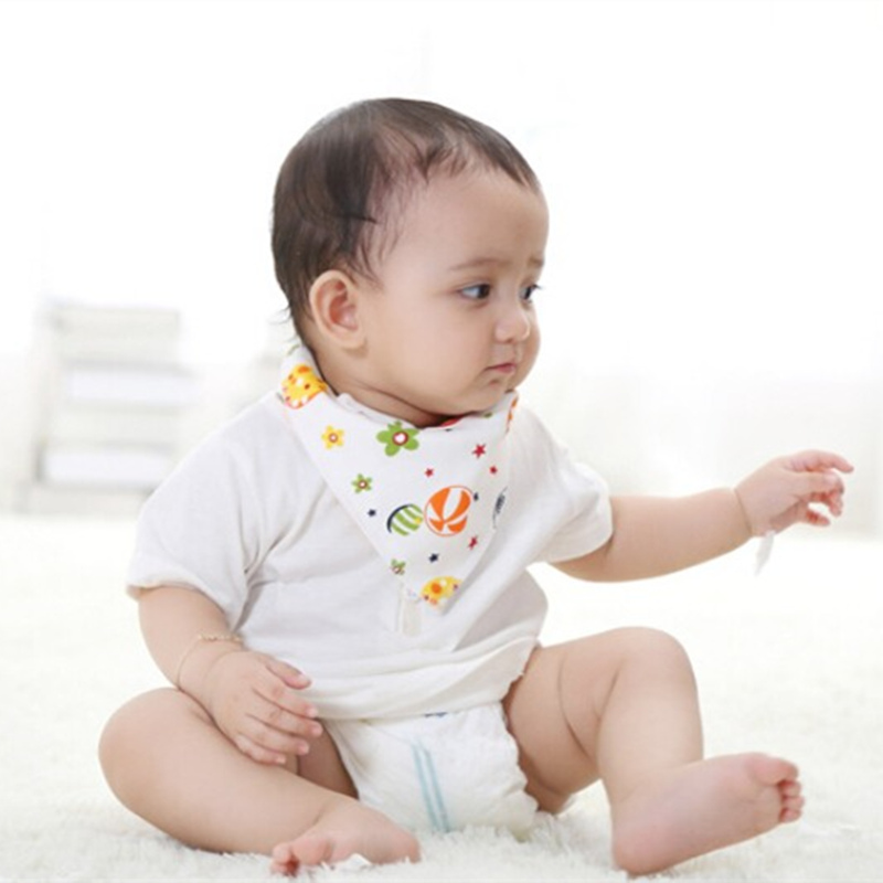 50pcs/lot Hot Sale Baby bibs Waterproof triangle Cotton Cartoon Child Baberos Bandana bibs