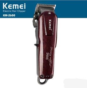 Image 4 - Professionelle Kemei Titan Klinge Corded Elektrische Haarschnitt Schneiden Maschine Barber + grenze kamm für kinder erwachsene männer 110 240V