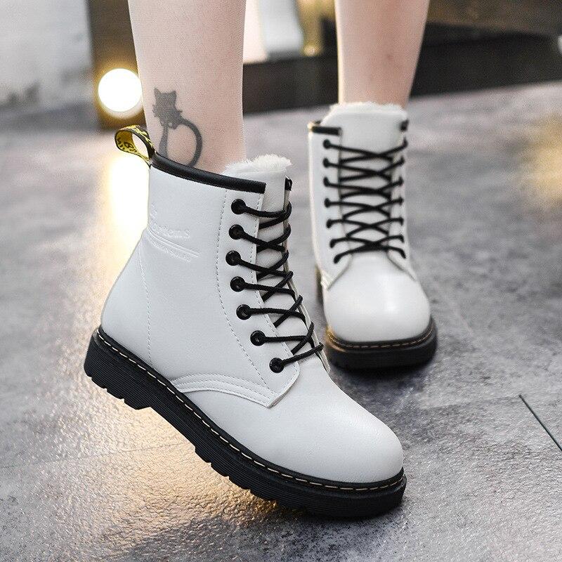 2018 Hiver Femmes Chaussures Cheville Bottes pour Femmes Rétro Mode de Fourrure Neige Bottes Casual Plat Plate-Forme En Peluche Martin Chaussures dentelle-Up