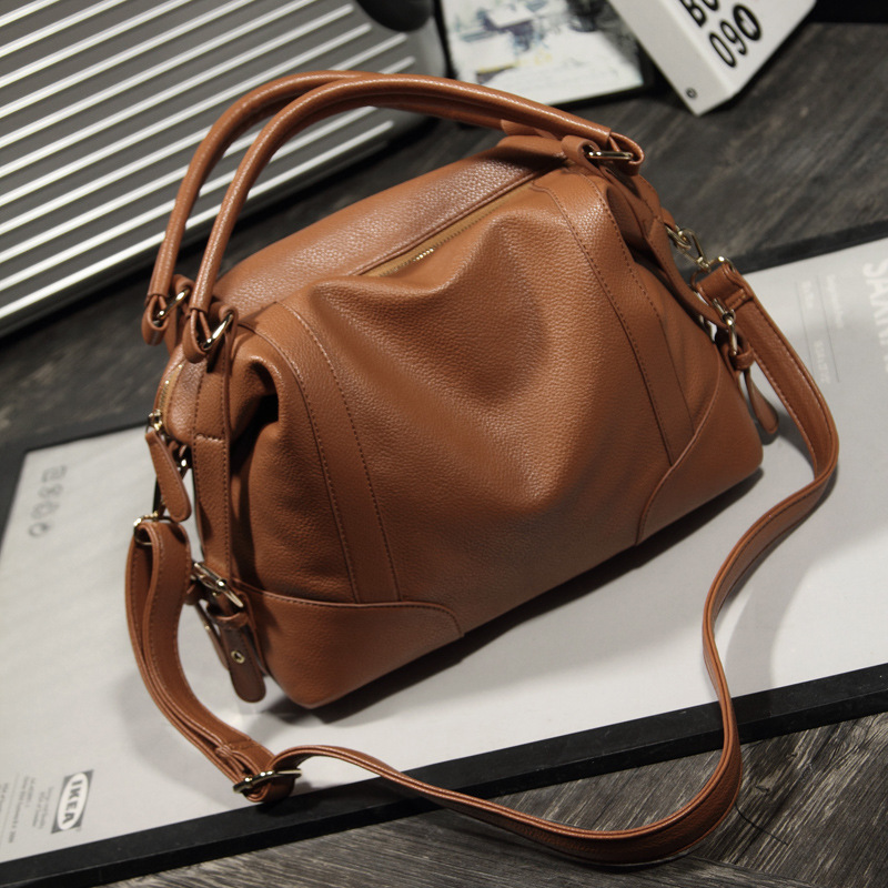 c9df1e97a175 OLGITUM Hot Sale 2018 New Fashion Girl Bags Soft Leather Handbags Big Women  Bag Zipper Ladies Shoulder Bag HB132-in Shoulder Bags from Luggage   Bags  on …