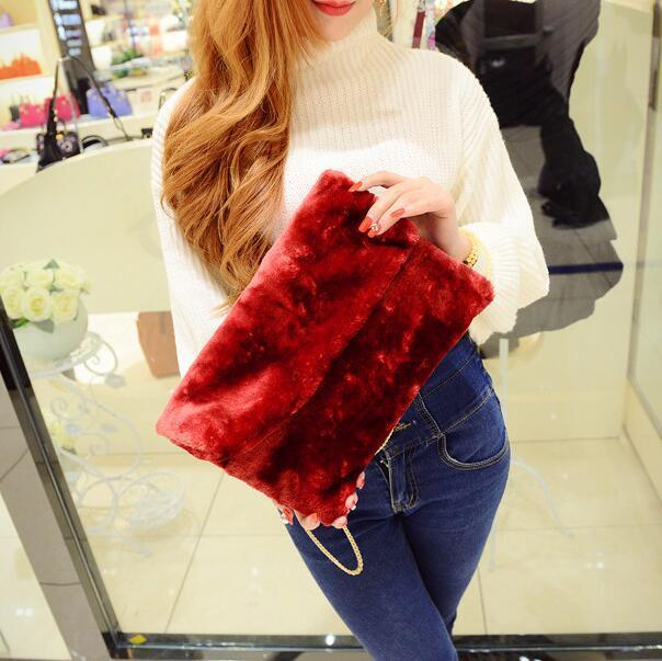 2018 Зимние новые сумки Корейская версия высокого качества плюшевый конверт сумка большая емкость клатч цепь плечо женская сумка