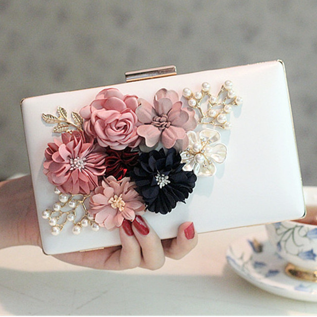 New Women PU Leather Clutch Exquisite Dimensional Flowers Evening Bag Wedding Party Pearl Handbag Ladies Chain Shoulder Bag
