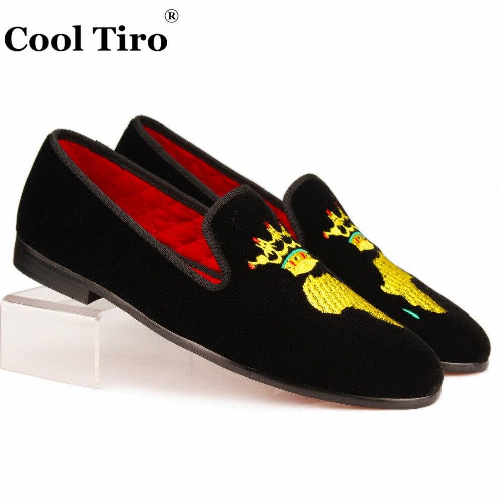 Cool Tiro Black Velvet Slippers Men Loafers Embroidery African Map Moccasins Gentlemen slip on Flats Men