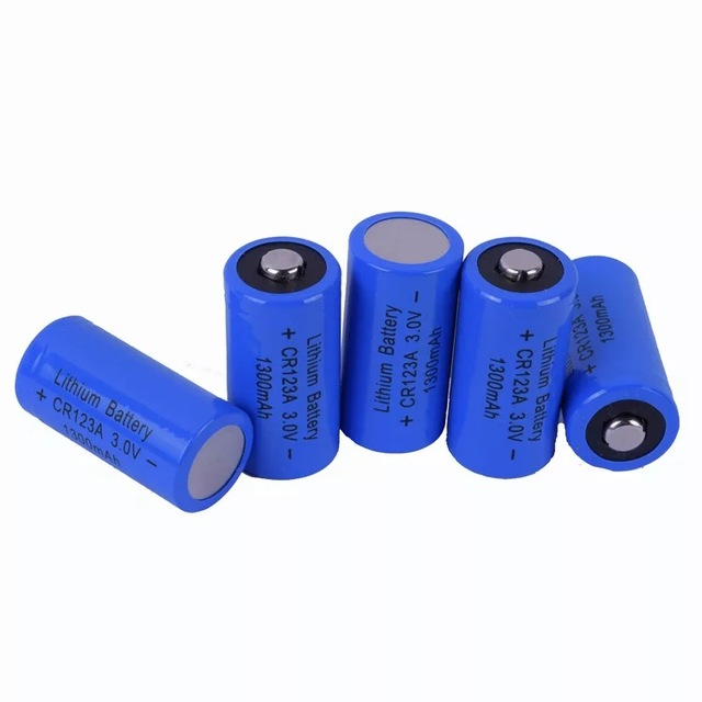 4PCS CR123A lithium battery charging 3v 17335 strong light flashlight batteries 3v battery