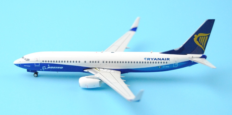 Fine Ph enix 1: 400 11135 Ryanair B737-800 / w EI-DCL Alloy aircraft model Collection model Holiday gifts fine special offer jc wings 1 200 xx2457 portuguese air b737 300 algarve alloy aircraft model collection model holiday gifts