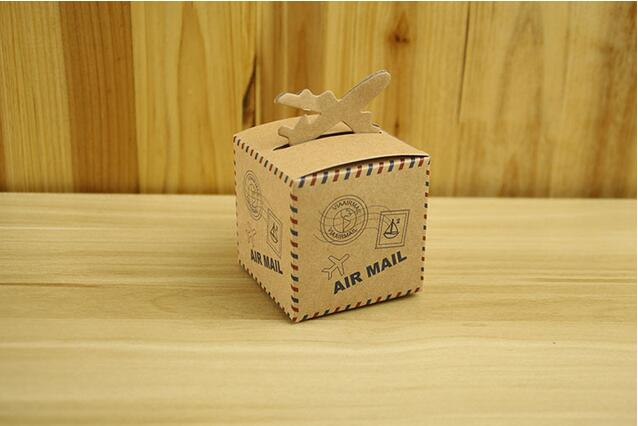 Free shipping 100pcs/lot Retro Kraft Paper Candy Box Flight Design Air Mail Box Size 6.3cm